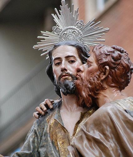 Bacio di Giuda: amore svenduto