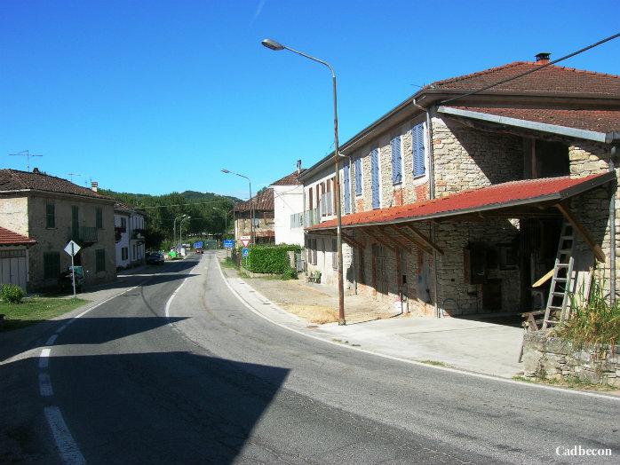 Piemonte, Langhe-Monferrato. Bubbio, Borgata Giarone
