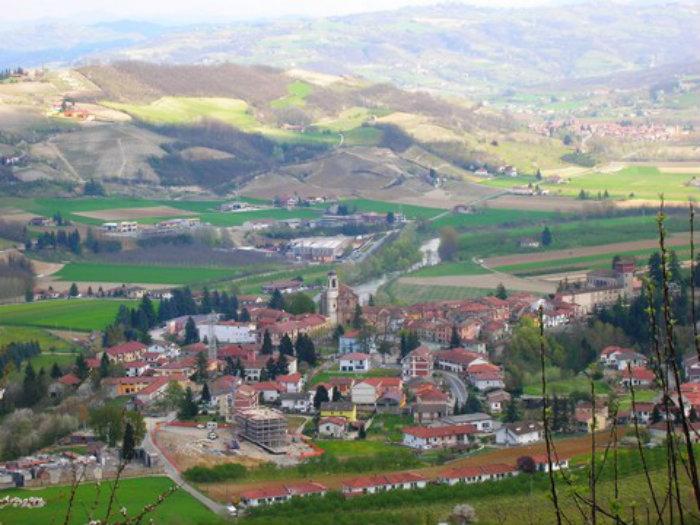 Langhe- Monferrato: Paese di Bubbio