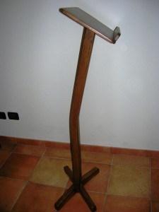 Gadget Ospiti Cadbecon :Leggio fisso colonna piegata