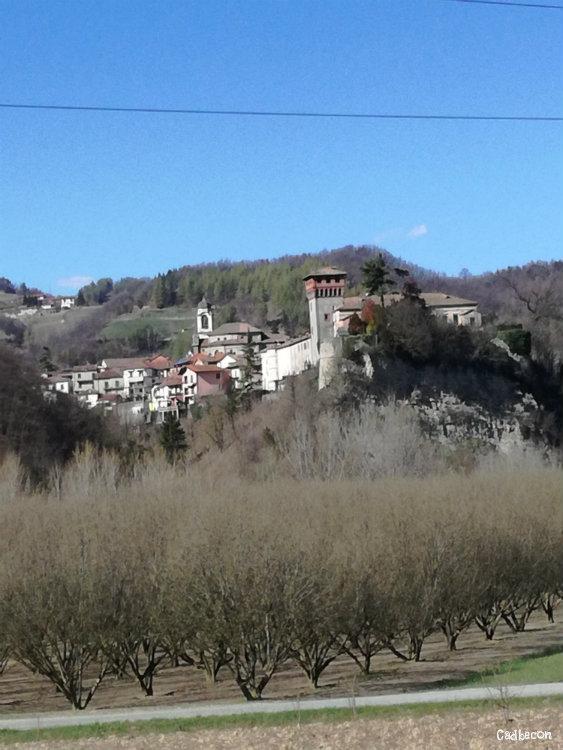 Bubbibo: Castello e parrocchiale