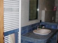Bagno grande: bagno camera 3