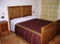 Suite: camera matrimoniale 1 con bagno privato