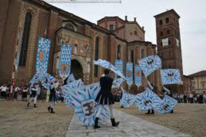 Gustadom 2018: Piazza Cattedrale Asti